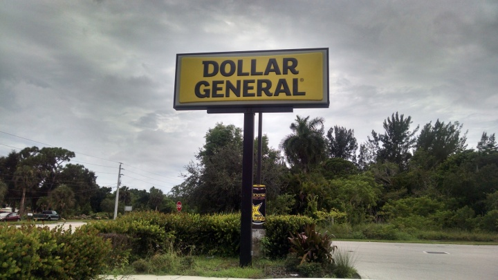 Dollar General store sign